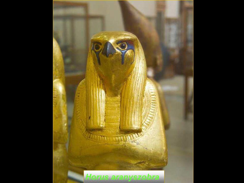 Golden statue of Horus Horus aranyszobra
