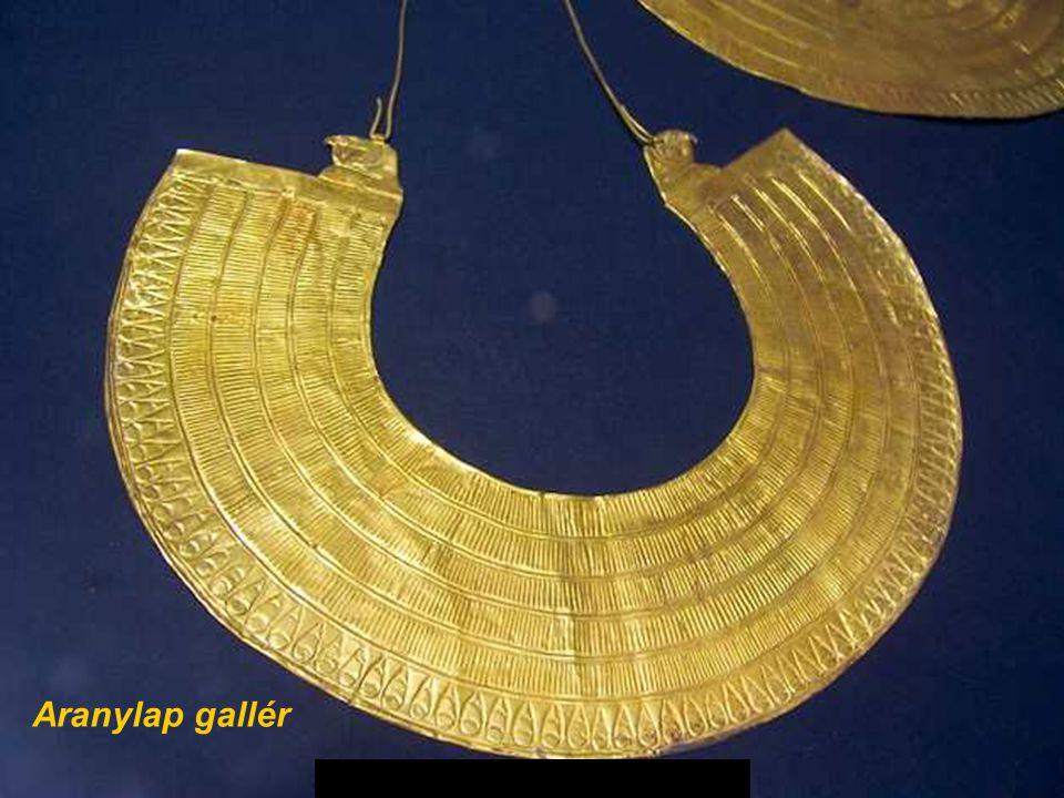 Gold sheet collar Aranylap gallér
