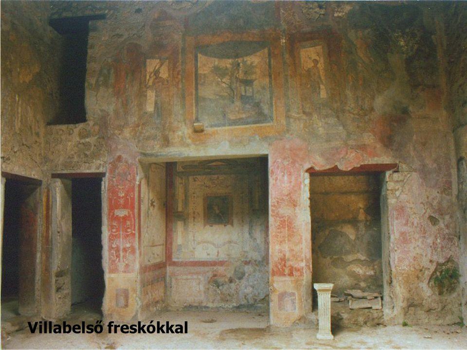 Villabelső freskókkal