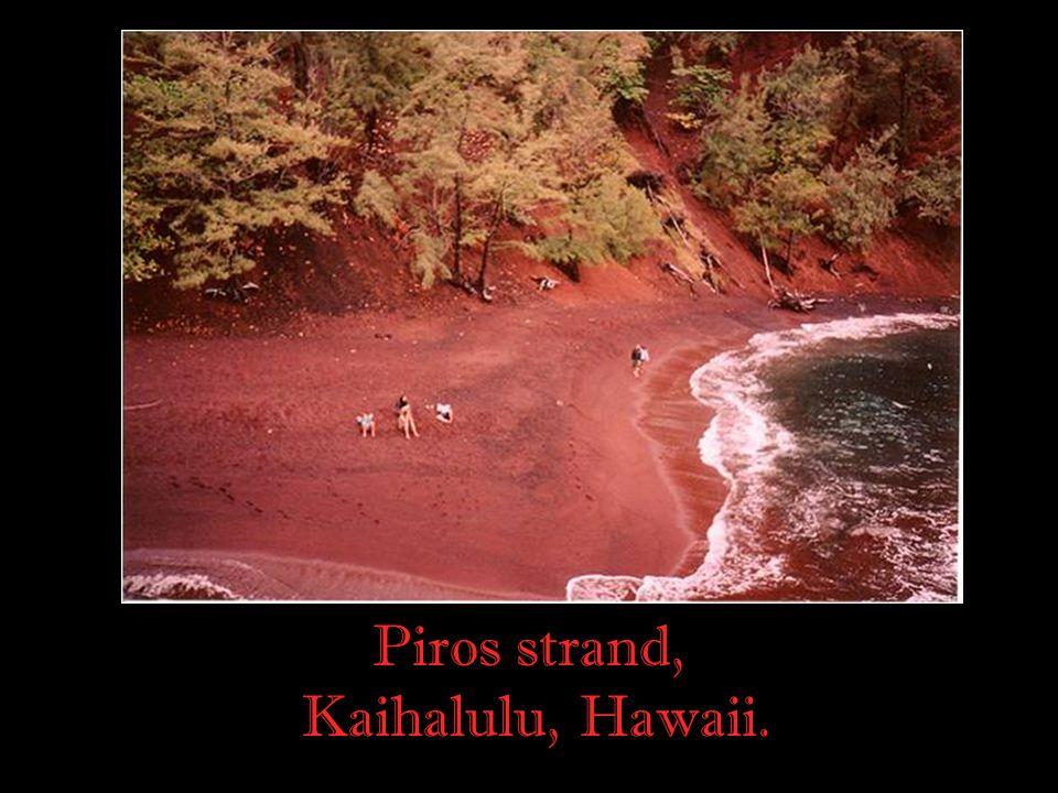 Piros strand, Kaihalulu, Hawaii. 9