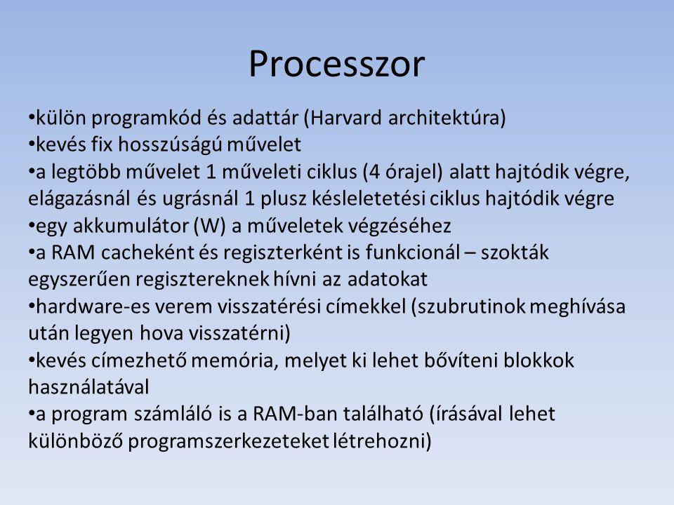 Processzor külön programkód és adattár (Harvard architektúra)