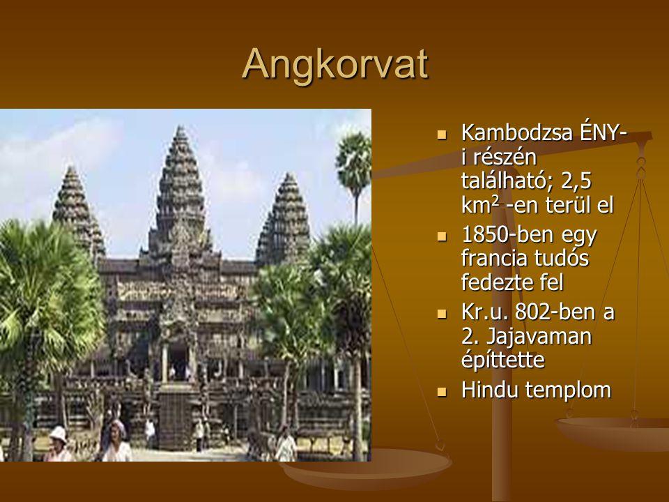 Angkorvat Kambodzsa ÉNY-i részén található; 2,5 km2 -en terül el