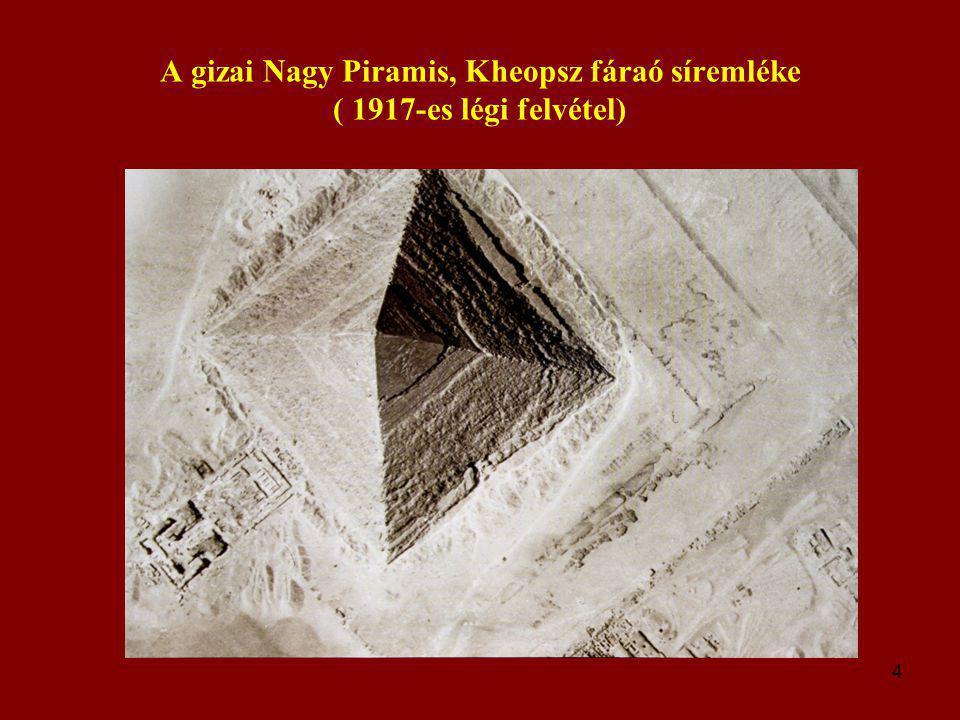 A gizai Nagy Piramis, Kheopsz fáraó síremléke ( 1917-es légi felvétel)