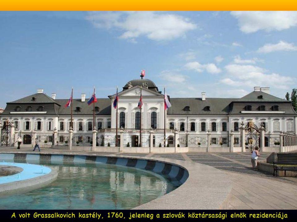 A volt Grassalkovich kastély, 1760, jelenleg a szlovák köztársasági elnök rezidenciája