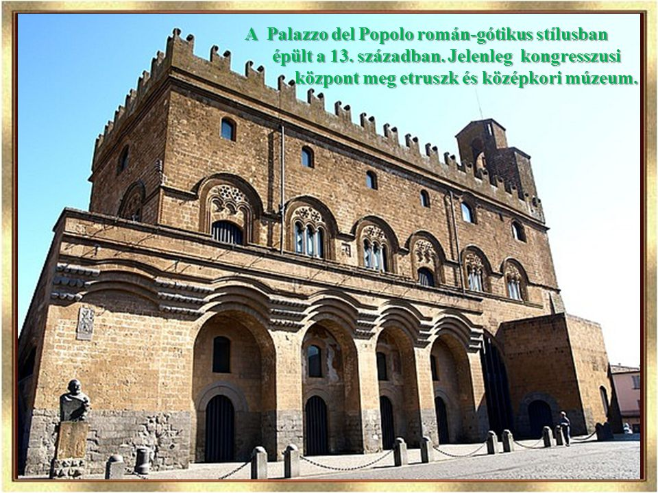 A Palazzo del Popolo román-gótikus stílusban