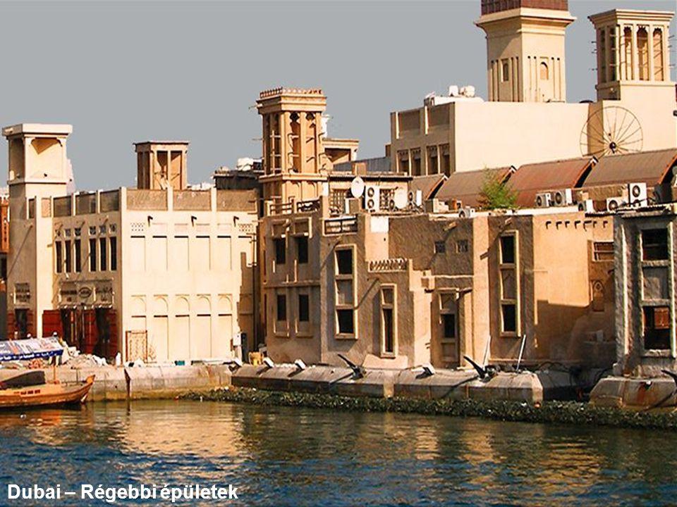 Dubai – Régebbi épületek