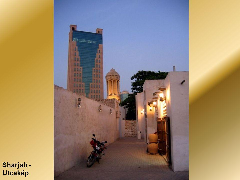 Sharjah - Utcakép