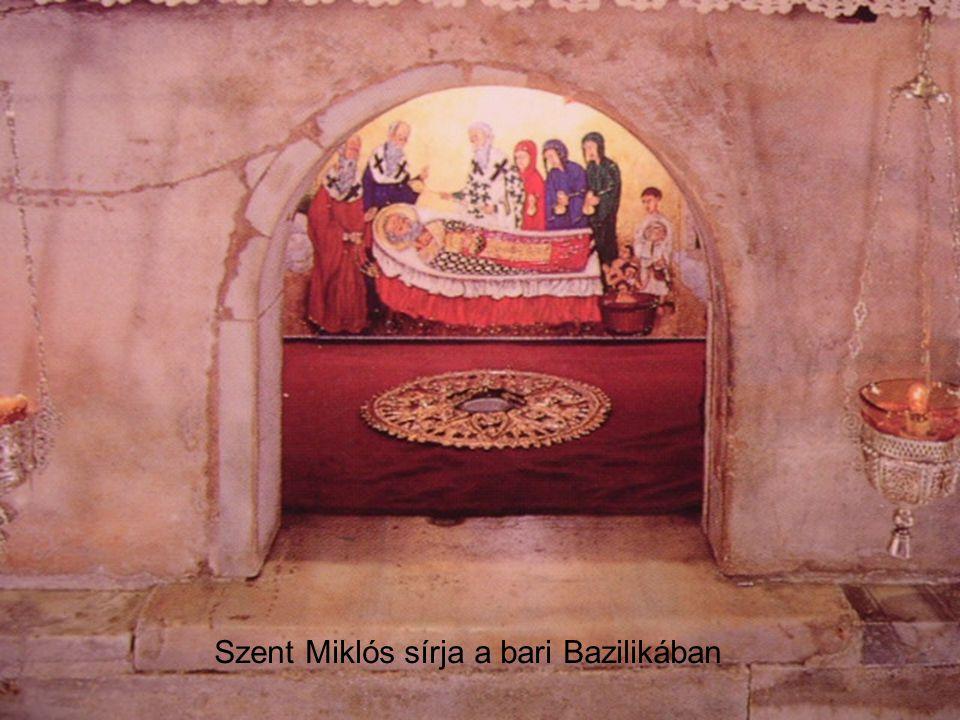 Szent Miklós sírja a bari Bazilikában