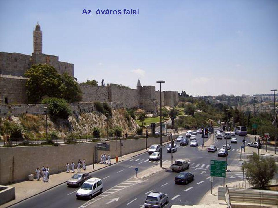 Az óváros falai