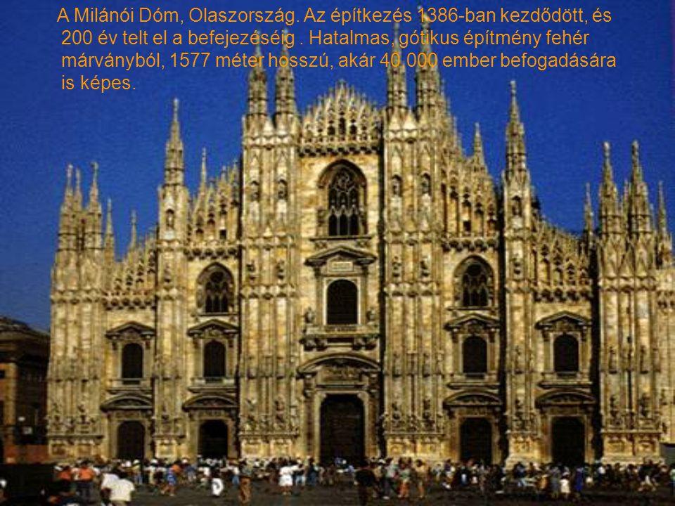 A Milánói Dóm, Olaszország