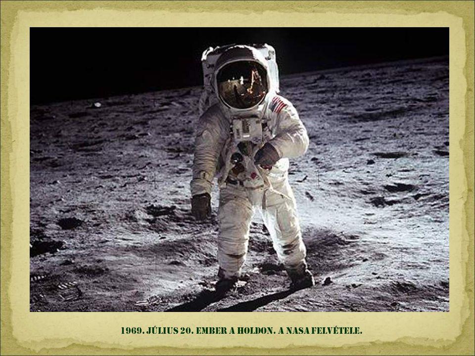 1969. július 20. ember a Holdon. A NASA felvétele.