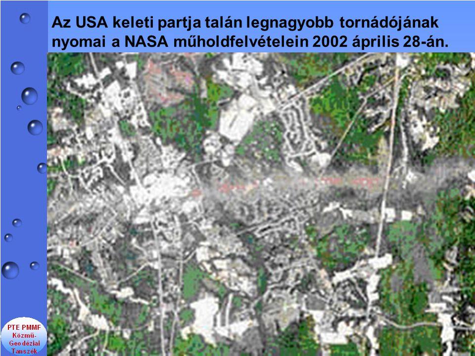 Az USA keleti partja talán legnagyobb tornádójának nyomai a NASA műholdfelvételein 2002 április 28-án.
