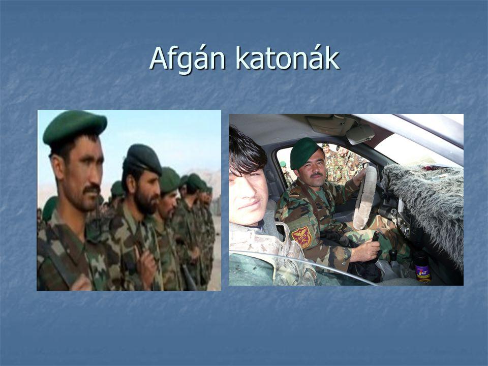 Afgán katonák