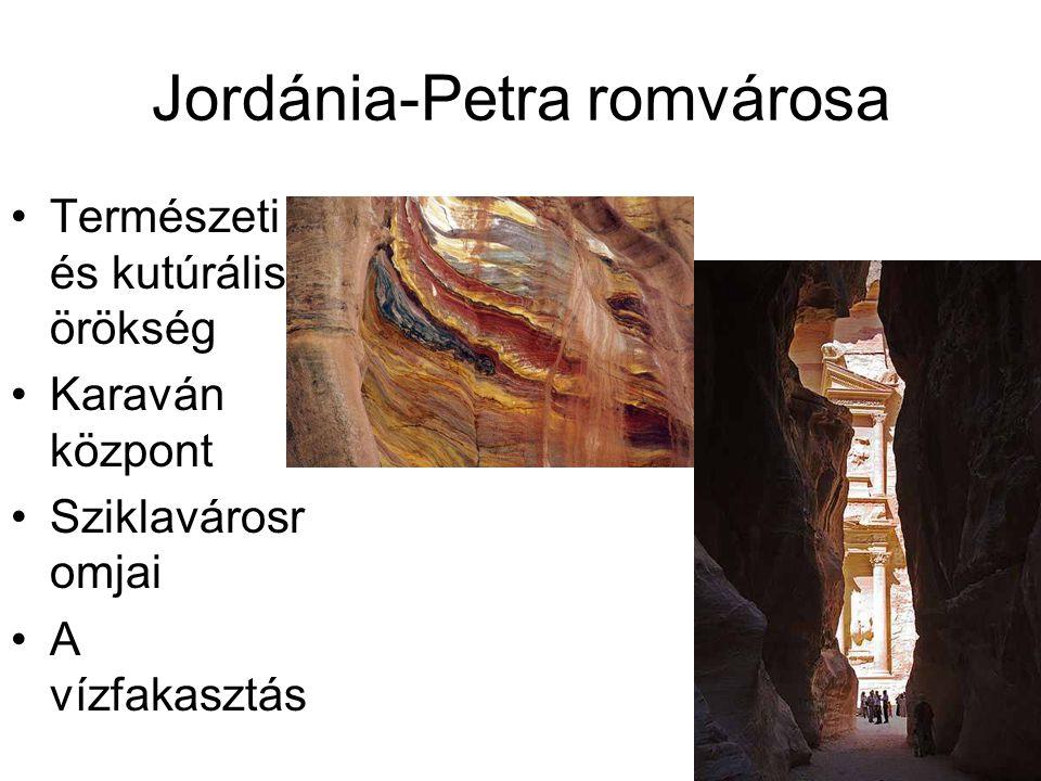 Jordánia-Petra romvárosa