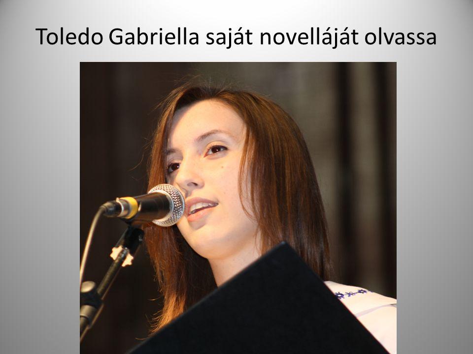 Toledo Gabriella saját novelláját olvassa