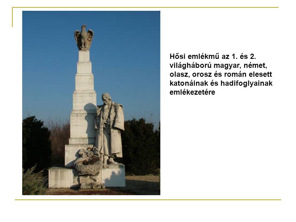 Hősi emlékmű az 1. és 2. világháború magyar, német,