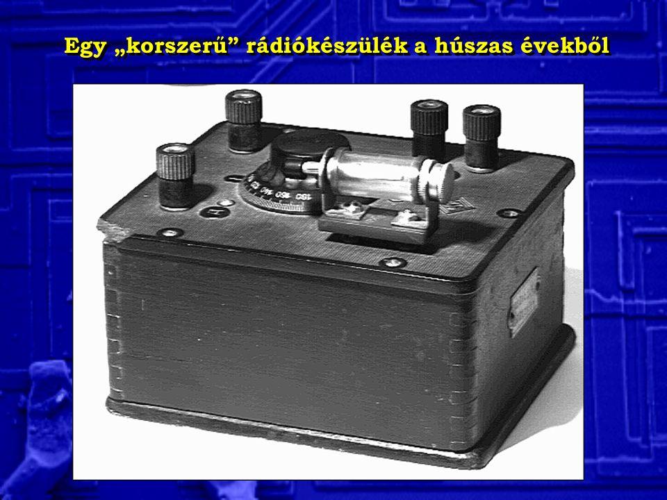 """Egy """"korszerű rádiókészülék a húszas évekből"""