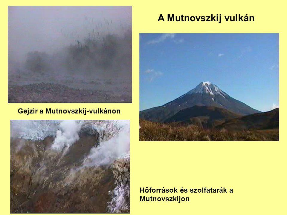 A Mutnovszkij vulkán Gejzír a Mutnovszkij-vulkánon