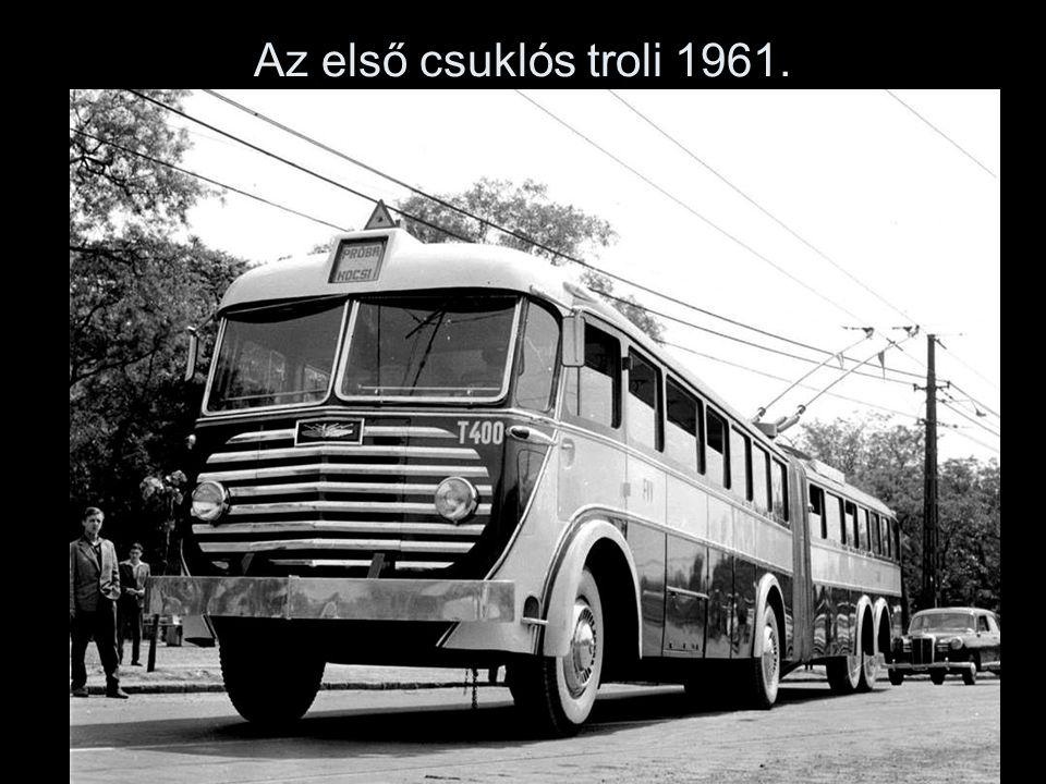 Az első csuklós troli 1961.