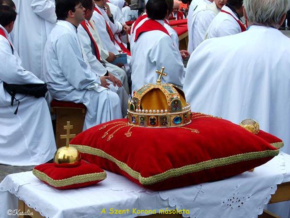 A Szent Korona másolata