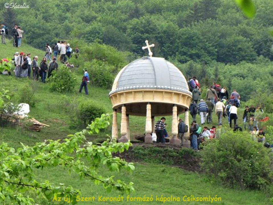 Az új, Szent Koronát formázó kápolna Csíksomlyón