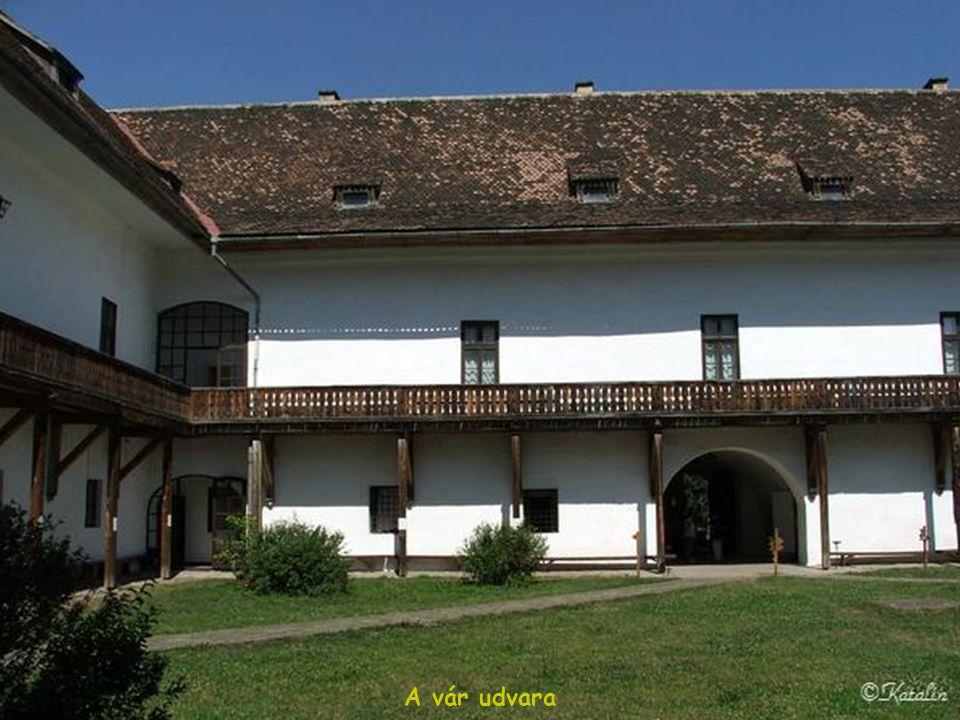 A vár udvara