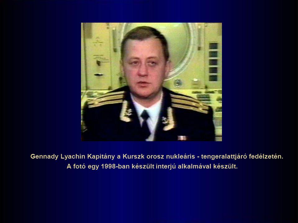 A fotó egy 1998-ban készült interjú alkalmával készült.