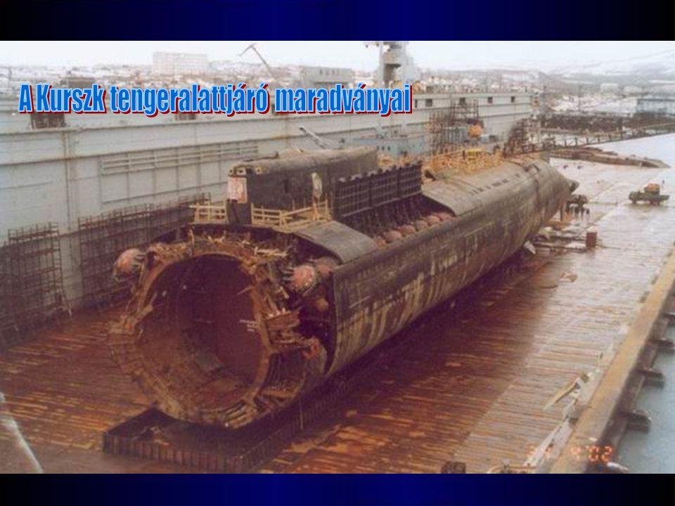 A Kurszk tengeralattjáró maradványai