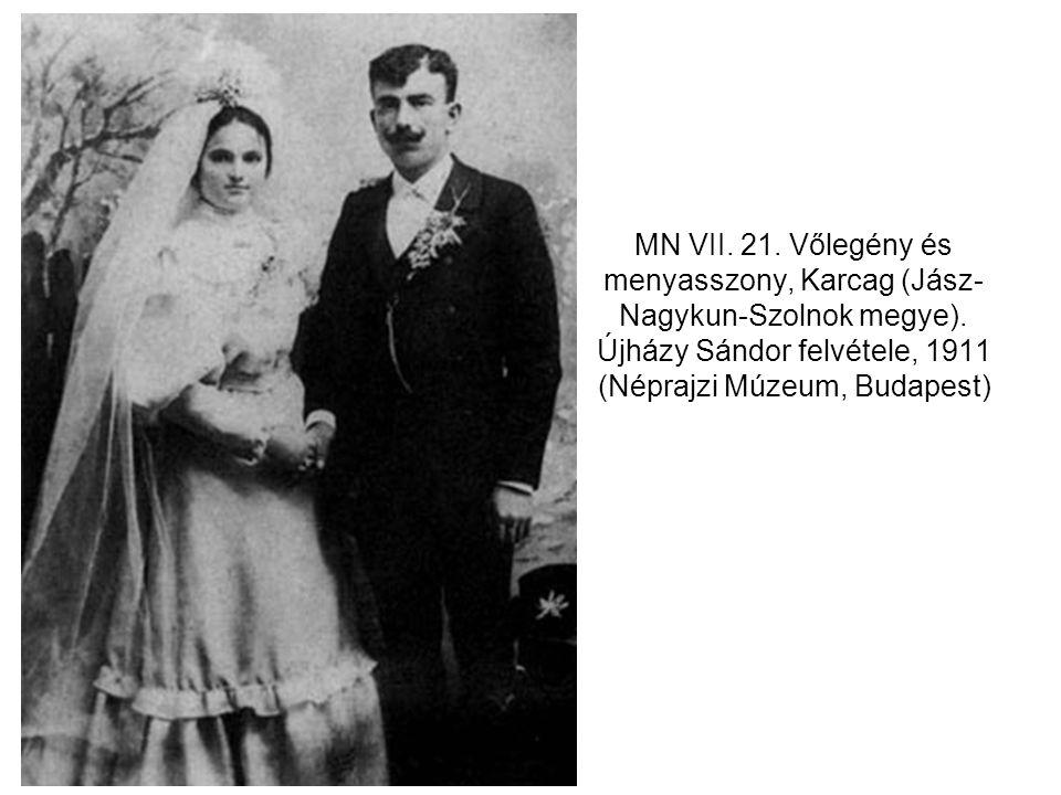 MN VII. 21. Vőlegény és menyasszony, Karcag (Jász-Nagykun-Szolnok megye).