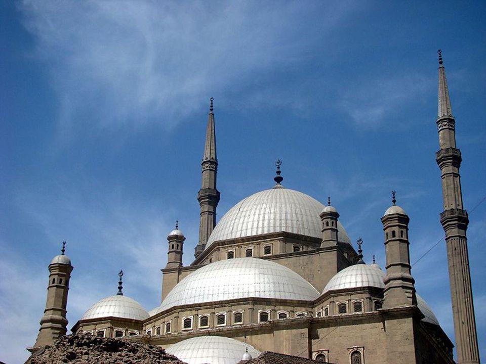 Muhammad Ali a mecset építésekor az Oszmán Birodalom fővárosának épületeit utánozta.