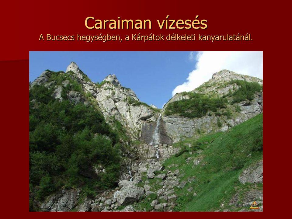 Caraiman vízesés A Bucsecs hegységben, a Kárpátok délkeleti kanyarulatánál.