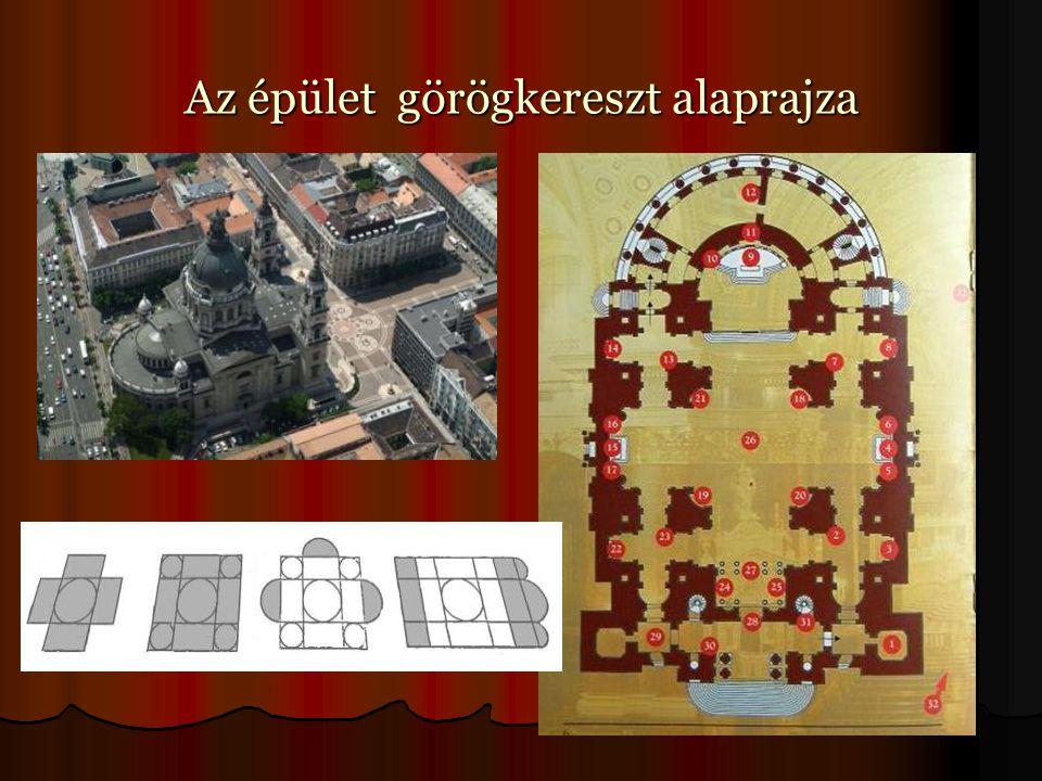 Az épület görögkereszt alaprajza