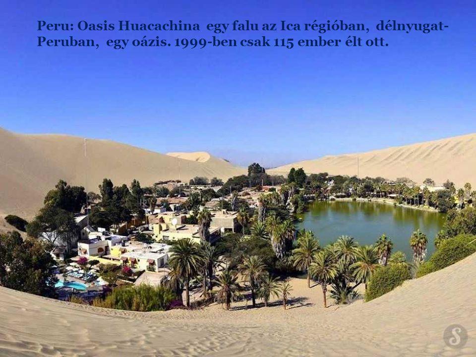 Peru: Oasis Huacachina egy falu az Ica régióban, délnyugat-Peruban, egy oázis.