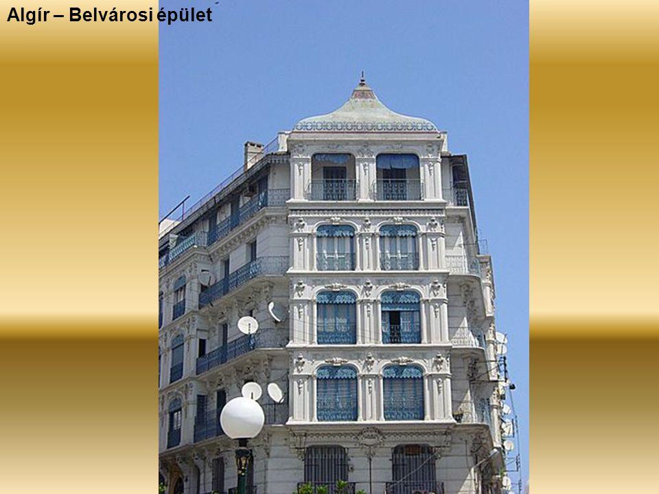 Algír – Belvárosi épület