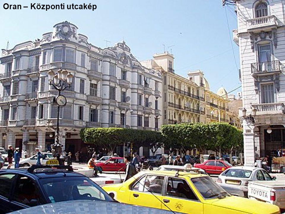 Oran – Központi utcakép