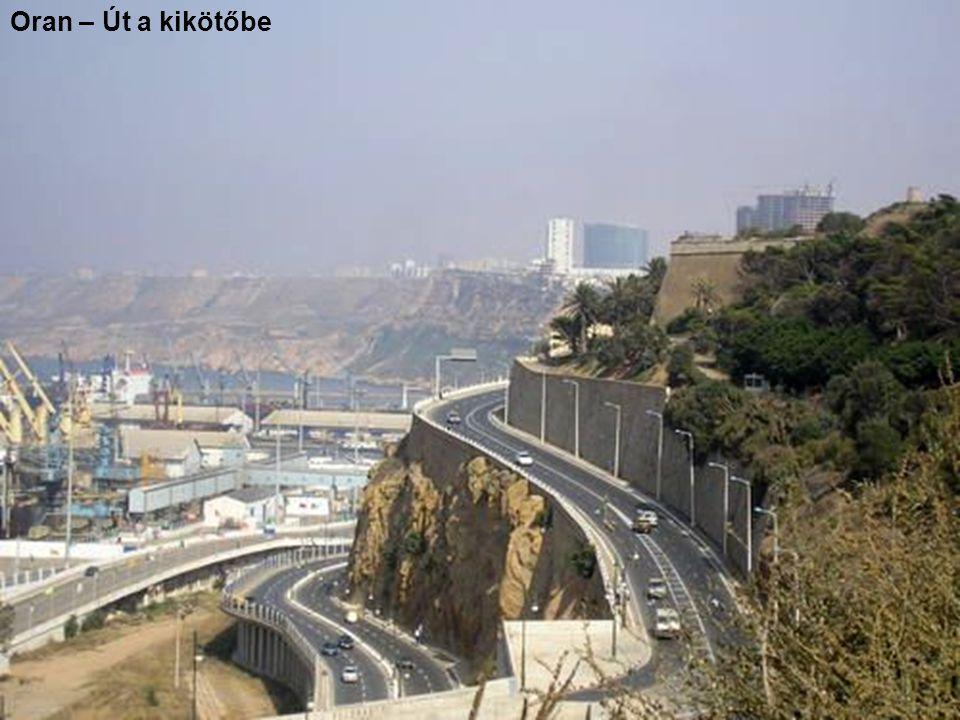 Oran – Út a kikötőbe