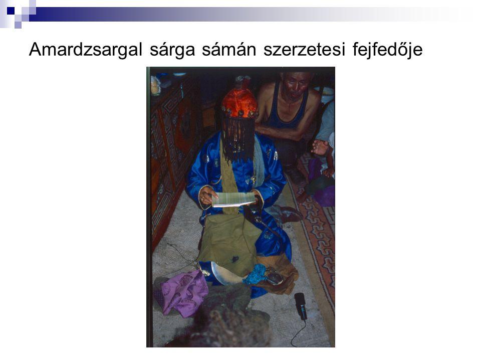 Amardzsargal sárga sámán szerzetesi fejfedője