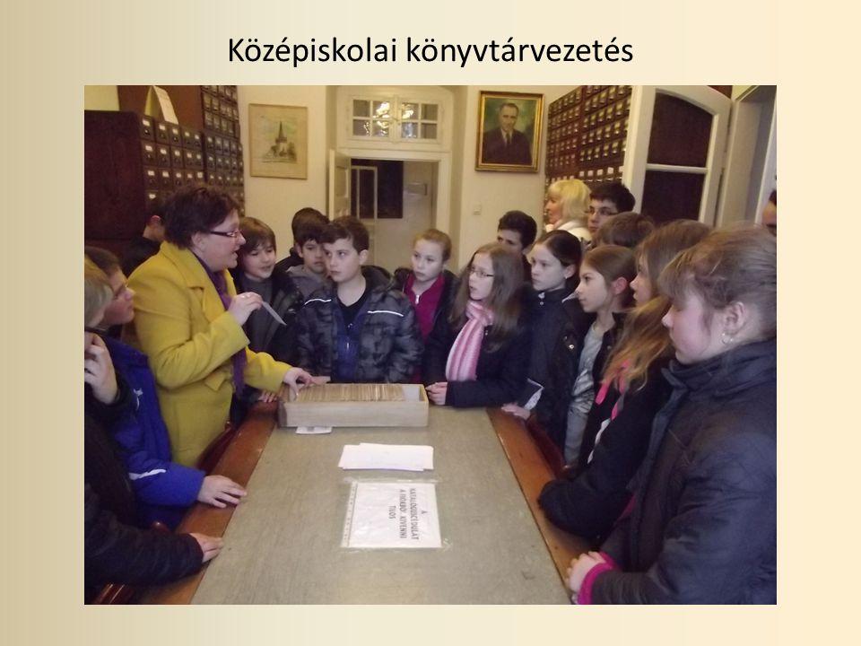 Középiskolai könyvtárvezetés