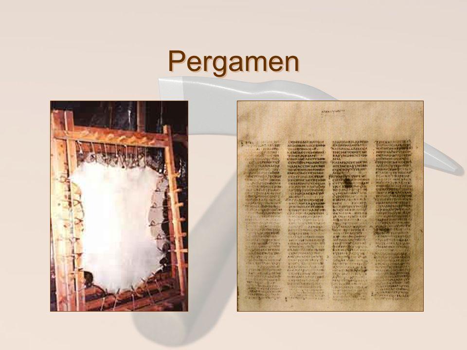 Pergamen A másik a bőr, amit egy különleges eljárással képeztek ki igen tartóssá, ebből készültek a tekercsek.