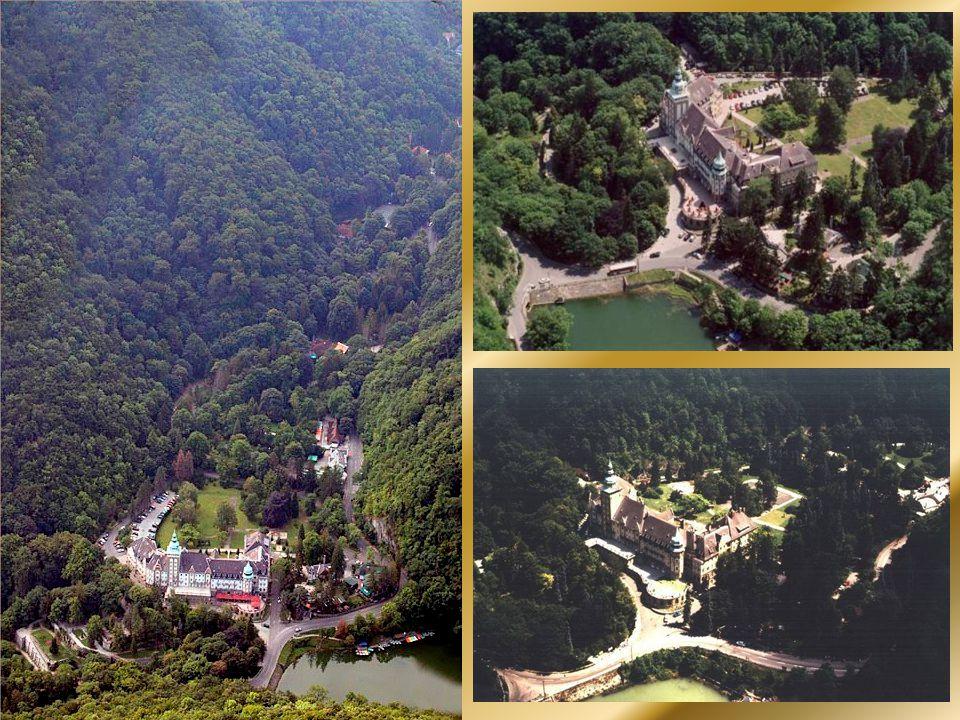 Felső-Hámor és Lillafüred látképe
