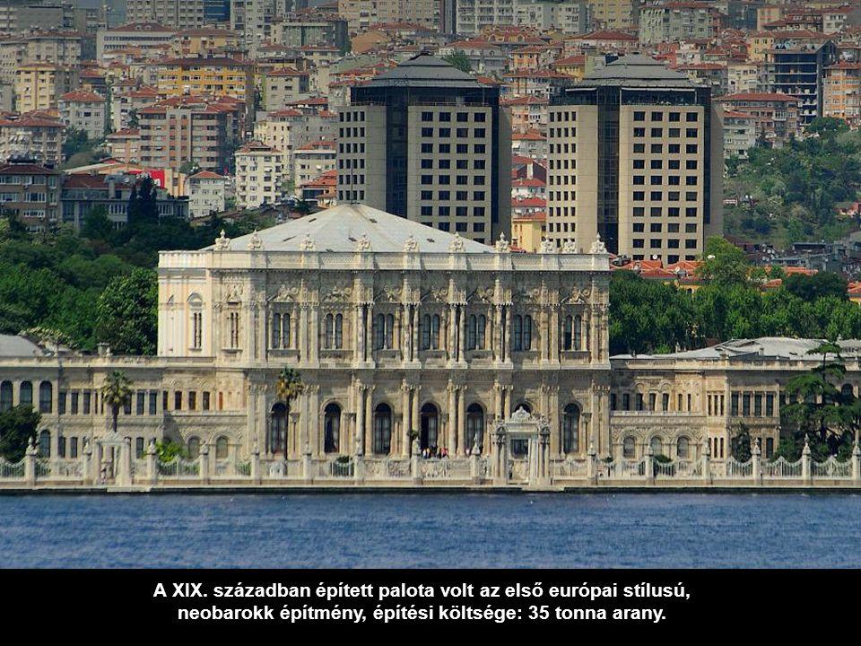 A XIX. században épített palota volt az első európai stílusú,
