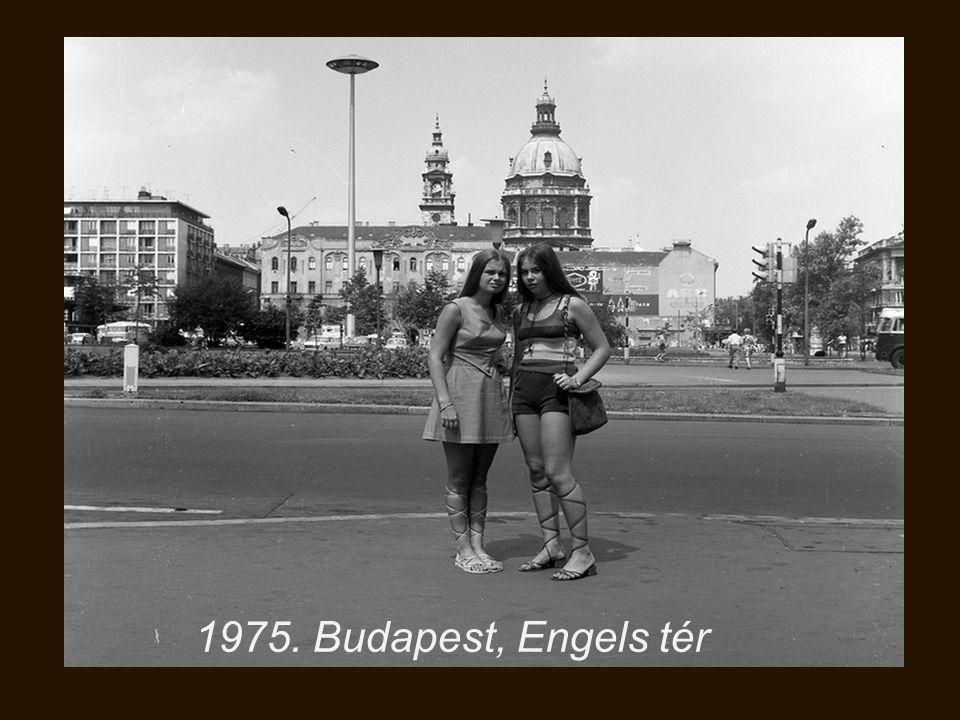 1975. Budapest, Engels tér