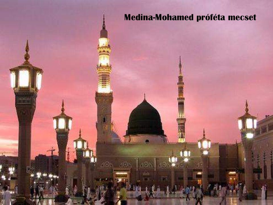 Medina-Mohamed próféta mecset