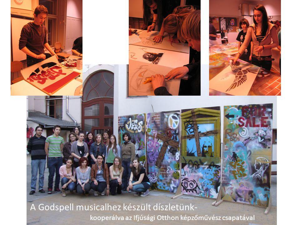 A Godspell musicalhez készült díszletünk-