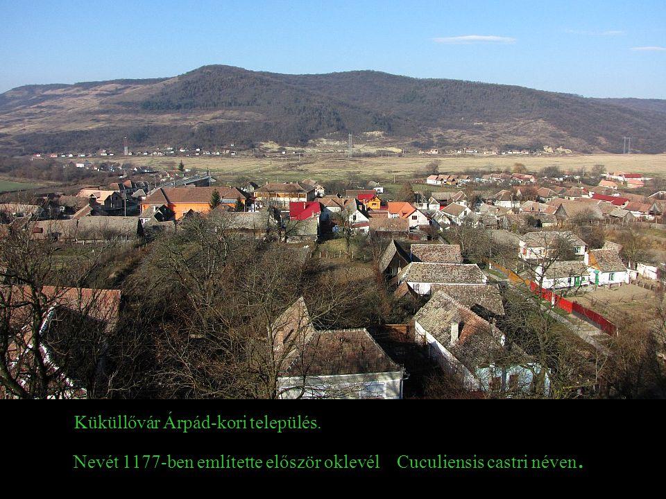 Küküllővár Árpád-kori település.