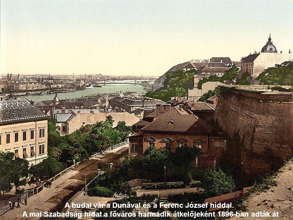 A budai vár a Dunával és a Ferenc József híddal.