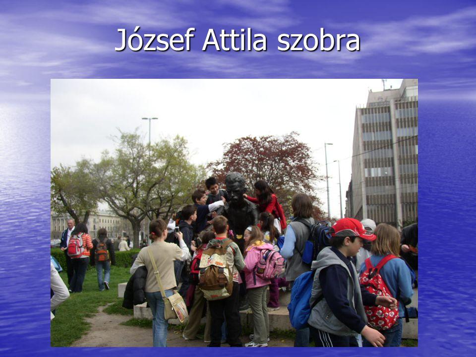 József Attila szobra