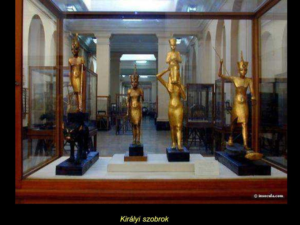 Királyi szobrok