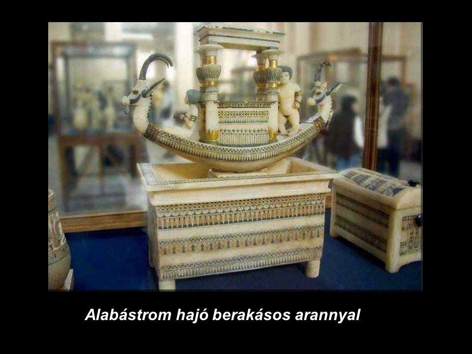 Alabástrom hajó berakásos arannyal