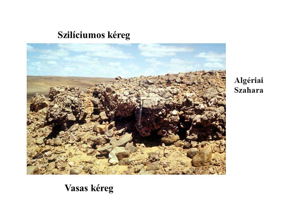 Szilíciumos kéreg Algériai Szahara Vasas kéreg